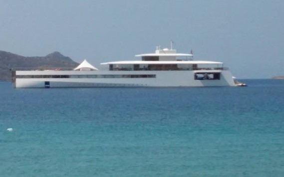 Σάμος: Το σούπερ γιοτ των 100.000.000€  του Steve Jobs  έδεσε στο νησί – Δείτε φωτό!