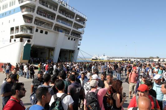 1 στους 3 «Σύριους» πρόσφυγες έχουν πλαστά ταξιδιωτικά έγγραφα.