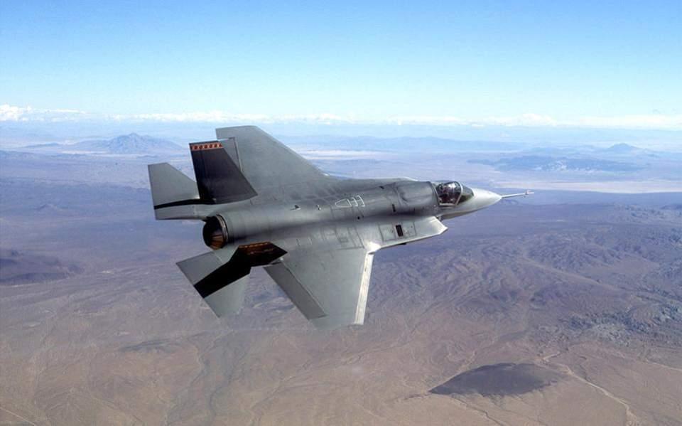 Οι ΗΠΑ σχεδιάζουν να σταματήσουν την εκπαίδευση Τούρκων πιλότων λόγω S-400