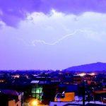 Περισσότεροι από 10.000 κεραυνοί και μεγάλο χαλάζι έπεσαν στην Ελλάδα την Κυριακή