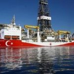 Άγγελος Συρίγος: Η Τουρκία κινείται στα άκρα για να μπει στο ενεργειακό παιχνίδι