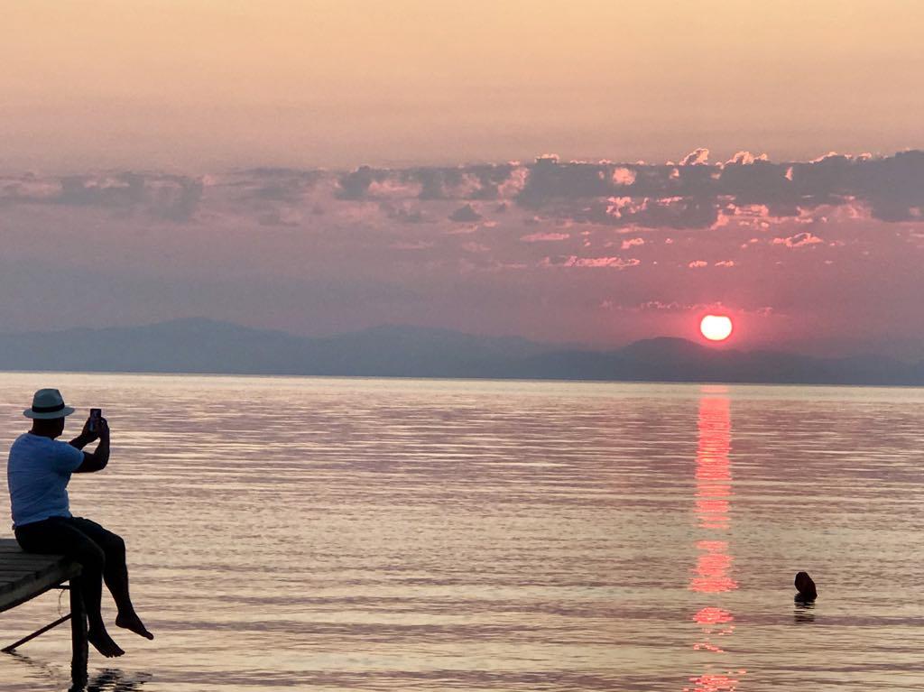 """Ολοκλήρωθηκαν τα γυρίσματα του ντοκιμαντέρ """"My Greek Odyssey"""" για την δημιουργία αφιερώματος στη Σάμο"""