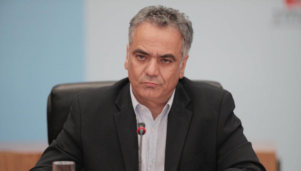 Σκουρλέτης: «Μάγκας» ο Μητσοτάκης με τις πλάτες του Τσίπρα