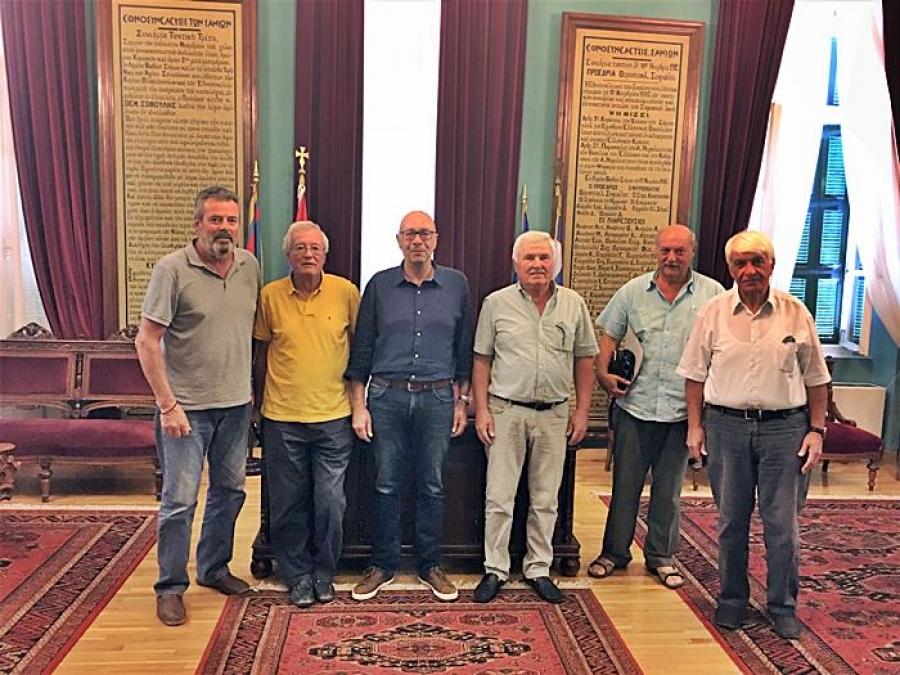 Σύσκεψη Γιώργου Στάντζου με πρώην Δημάρχους για το μεταναστευτικό – προσφυγικό
