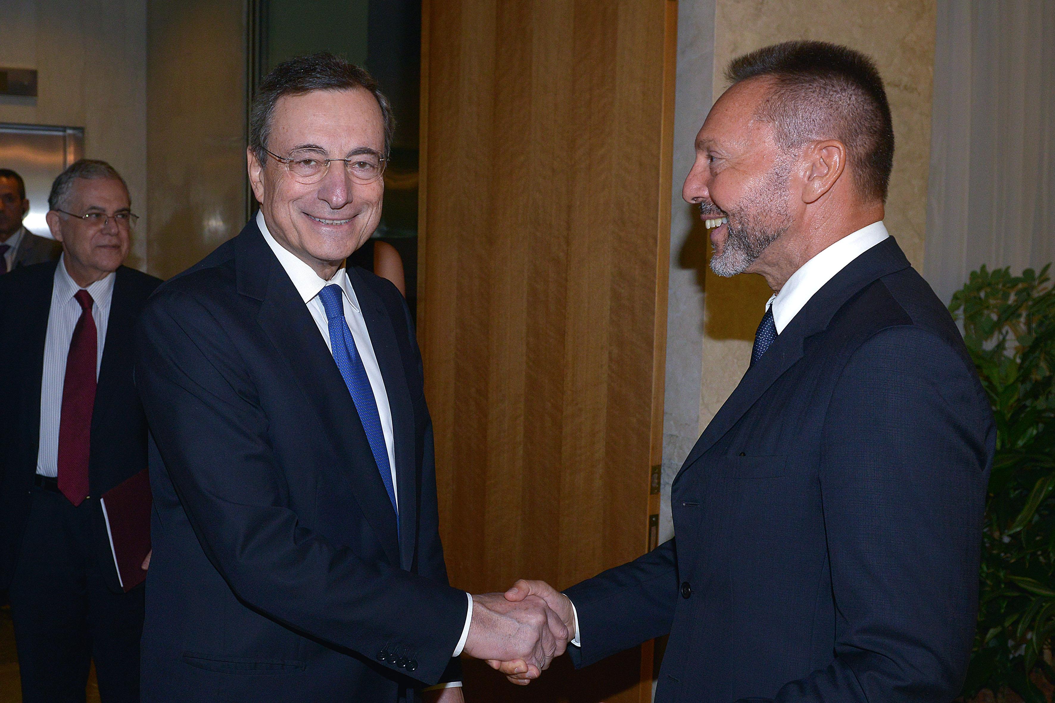 Γιάννης Στουρνάρας για Μάριο Ντράγκι: Με τις ενέργειες του έσωσε το ευρώ και απέτρεψε τοGrexit