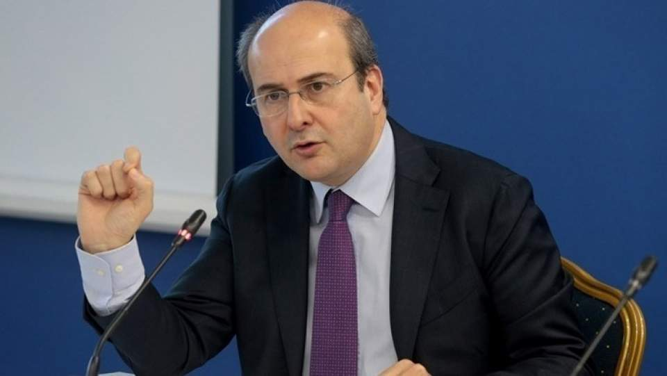 Χατζηδάκης: Μειώσεις από 30% έως 65% στις χρεώσεις του ηλεκτρικού για υψηλές καταναλώσεις