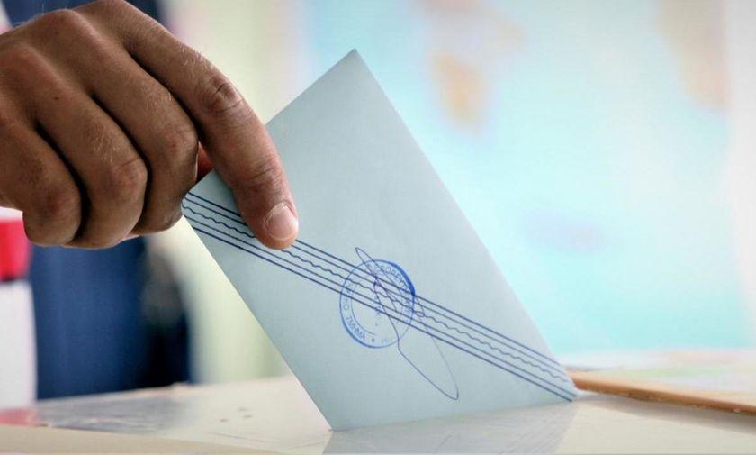 Σχέδιο νόμου για τις εκλογές: Αυξάνονται οι βουλευτές Επικρατείας – Ποιες περιφέρειες χάνουν έδρα