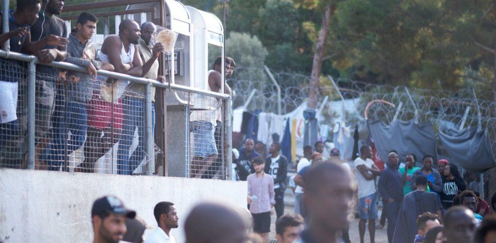 Οχι από τον δήμο Ανατολικής Σάμου σε μεγάλη κλειστή δομή για μετανάστες