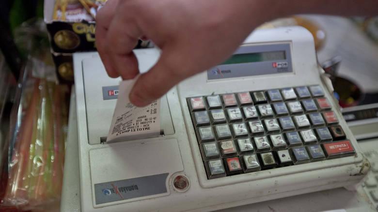 Αποσύρονται οι ταμειακές μηχανές που δεν θα μπορούν να συνδεθούν με την ΑΑΔΕ