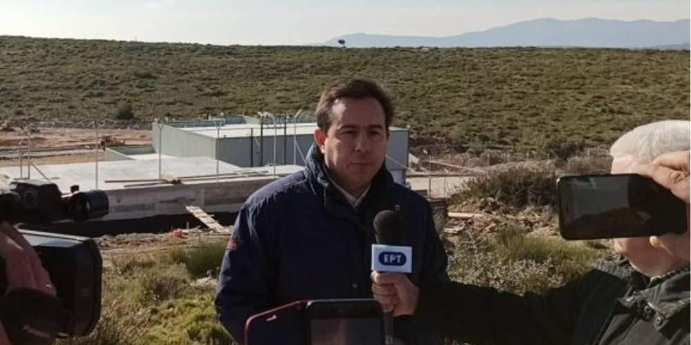 Στη Σάμο ο Μηταράκης: Προτεραιότητα η μείωση των ροών – Κανονικά οι κινητοποιήσεις