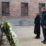 Κυρ. Μητσοτάκης στο Άουσβιτς: Ποτέ η ανθρωπότητα να μην ξαναζήσει μια τέτοια ανείπωτη τραγωδία