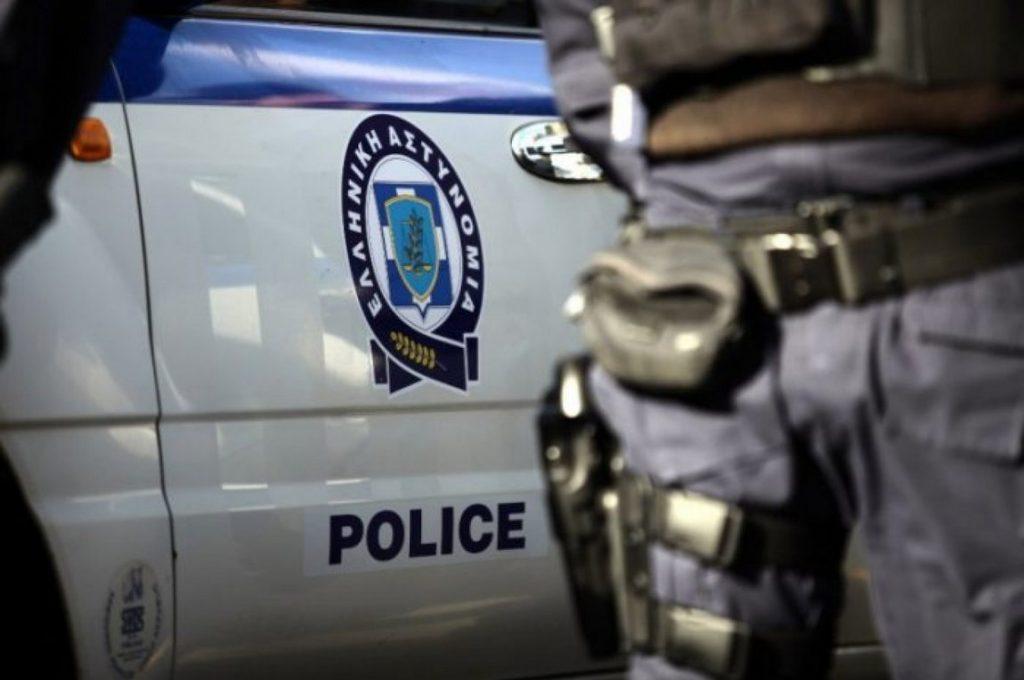 """Αστυνομικός """"διαμάντι"""" – Λήστευε πρατήρια και περίπτερα με το υπηρεσιακό του όπλο"""