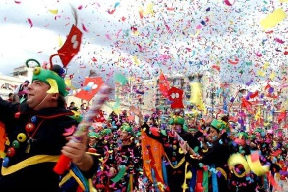 Κορωνοϊός: Στα τρία τα κρούσματα στη χώρα  – Ματαιώνονται όλα τα καρναβάλια στην Ελλάδα