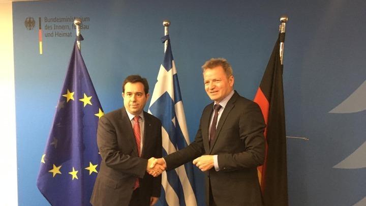 Ν. Μηταράκης: Πέντε νησιά του Αιγαίου σηκώνουν όλο το βάρος του ευρωπαϊκού προβλήματος μετανάστευσης
