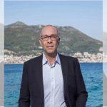 Επιστολή δήμαρχων προς Μητσοτάκη – Κλείστε τα αεροδρόμια και τα λιμάνια των νησιών μας